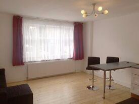 NEWLY DECORATED 1 BEDROOM FLAT IN HOUSE CONVERSION £1200