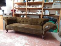 Sofa. Edwardian drop-end buttonback chesterfield. Very sound structure.