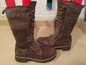 Womens Size 8 Banff Trail Insulated Tall Winter Boots