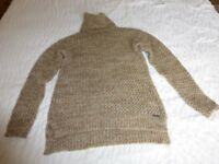 Superdry Ladies Jumper, size small, unwanted gift, new and never worn