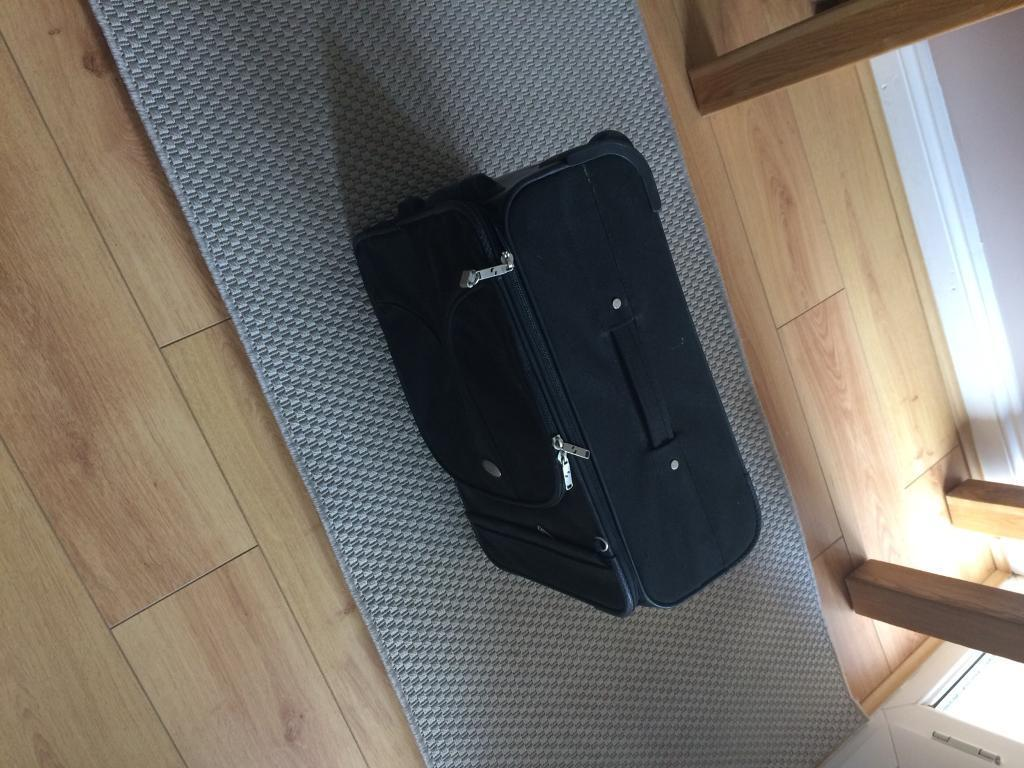 Suitcase (ideal weekends away)