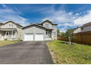4+1 bedroom home, no direct rear neighbours, Turn Key ready!
