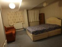Large Double Room to Rent in Shared house , Sutton SM1