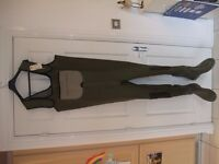 Neoprene chest waders *UNUSED*