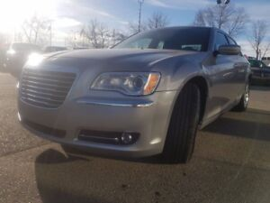 2014 Chrysler 300 Touring | Bluetooth | Rear View Camera
