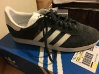 Men's Grey Adidas Gazelle Trainers
