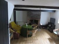 Hambrook - Idyllic 1 bed Country Cottage with parking