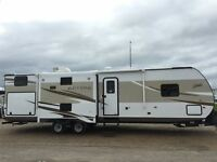 2016 Shasta Revere 33BH **Finance for only $165/biweekly