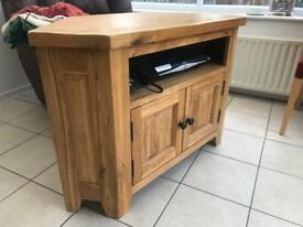Solid Oak TV cabinet entertainment stand. Can deliver