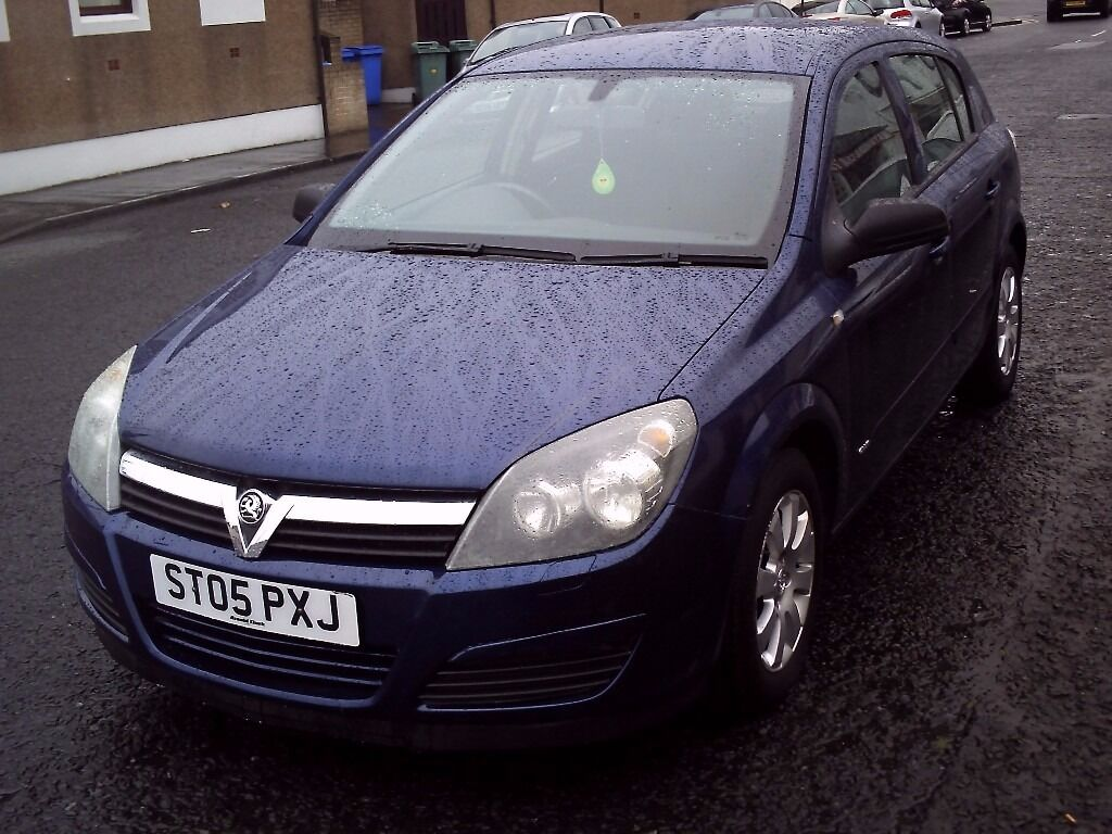 2005 05 VAUXHALL ASTRA 1.6 CLUB EASYTRONIC 5DR SEMI-AUTO ** ONLY 50000 MILES ** 12 MONTH MOT **