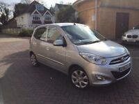 HYUNDAI i10 2012 62 REG 5DR HIGH SPEC CAT D ONLY 14,000 MILES PERFECT LITTLE RUN AROUND
