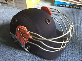 Albion Ultimate junior cricket helmet. Boxed. Worn once. Large youth size . Navy blue.