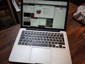 "2015 Retina Macbook pro 13"" 128gb SSD"