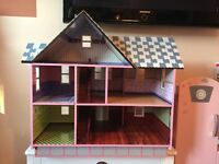 Melissa & Doug Victorian Dolls House -great used condition