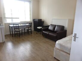 5 Studio's and Bedsits Available in WEST END Central London