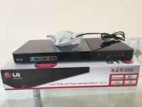 LG Smart 3D Blu-ray player with built in wi-fi BP645