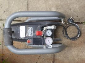Portlable Air Compressor. Fully working and reliable. 1.1kw 1.5hp