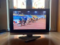 """Panasonic Viera 32""""Inch HD LCD TV with HDMI,Remote & Freeview"""