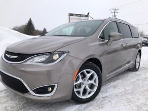 2018 Chrysler Pacifica Touring-L Plus Loaded! BlueRay x2, Hea...