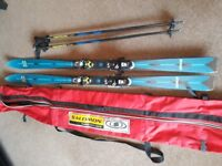K2 skis, 168cm. Poles and ski bag included. Good condition.