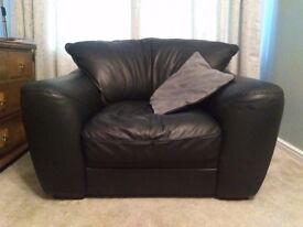 Black leather armchair, very good condition