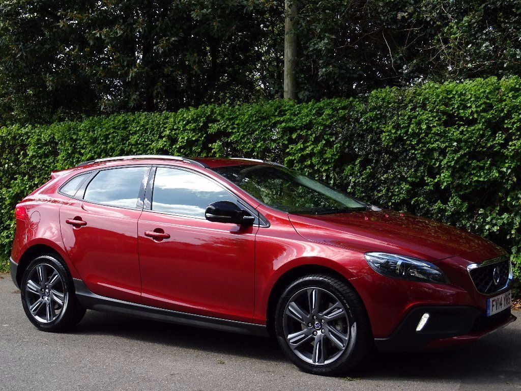 volvo v40 cross country 2 0 td d4 cross country lux geartronic 5dr start stop nav bluetooth dab. Black Bedroom Furniture Sets. Home Design Ideas