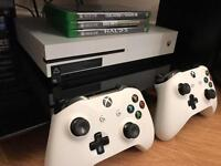 Xbox one S plus 4 games and extra controller - mint condition