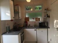 Studio flat to let in Edgware,walking distance to Mill Hill Train station