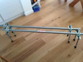 Roof Bars - Adjustable