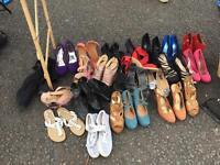 Woman's shoes size 6