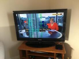 Samsung 37 inch lcd tv with Internet box