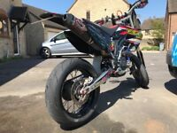 Honda CRF 450 supermoto