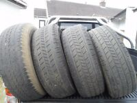tyres to fit hilux 4x4 pickup