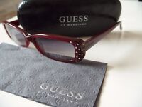 GUESS sunglasses -BRAND NEW