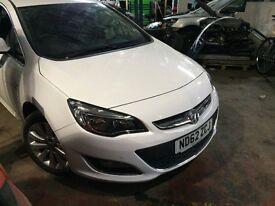 Vauxhall Astra 2013 white