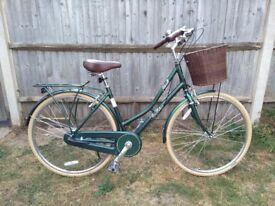 "Pendleton Ashwell Ltd Edition 19"" Ladies Bike in green hardly Used"