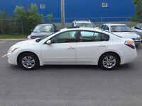 2011 Nissan Altima CUIR ET TOIT OUVRANT, 39S par semaine