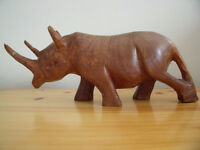 """Vintage genuine Besmo Products hand carved wooden rhino from Kenya. Approx 4"""" x 10"""". £10 ovno."""
