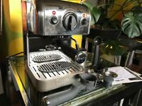 Dualit 3 in 1 coffee machine, harldly used in chrome