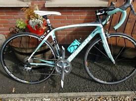 Bianchi Infinito Full Carbon Road Bike