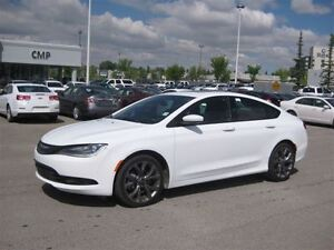 2015 Chrysler 200 S-AUTO-LEATHER-SUNROOF-NAV