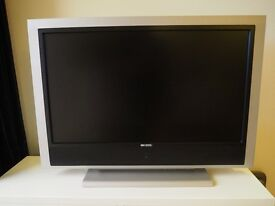 "37"" LCD Television HD TV"