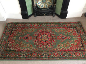 Stunning oriental rug / carpet in warm colours