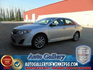 2012 Toyota Camry LE *Super low kms*