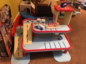 Kids toy wooden garage