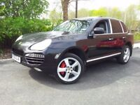 porsche cayenne S, facelift front end, turbo wheels calipers, BOSE sound system, dog guard, stunning