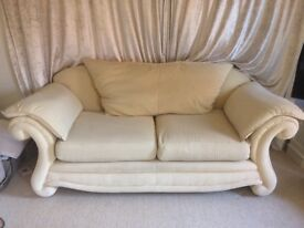 Beautiful 3 seater & 2 seater sofa for sale