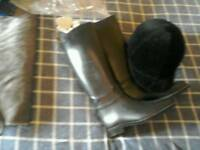Size5 horse riding boots and hat
