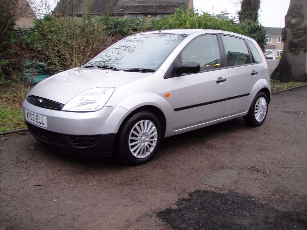 2004 ford fiesta lx 5 door on a personalised plate making it a 2004 not 2003 and mot till jan. Black Bedroom Furniture Sets. Home Design Ideas