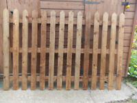 NEW - 4FT X 6FT FENCE PANELS - NEW - GARDEN